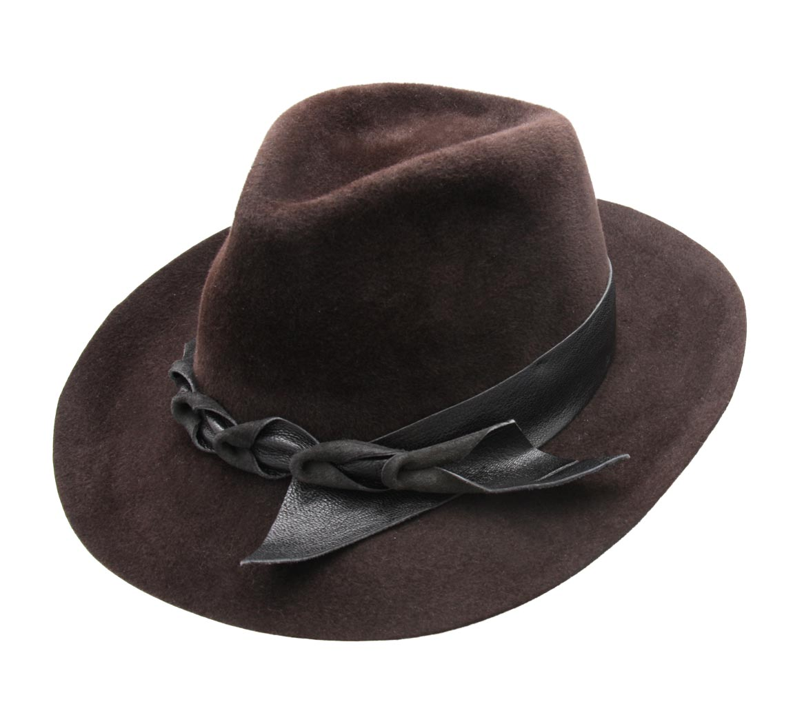 Chapeau Marron brown rabbit  brown rabbit